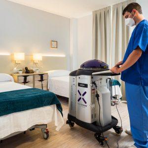 Robot desinfección Xenex Covid 19 utilización